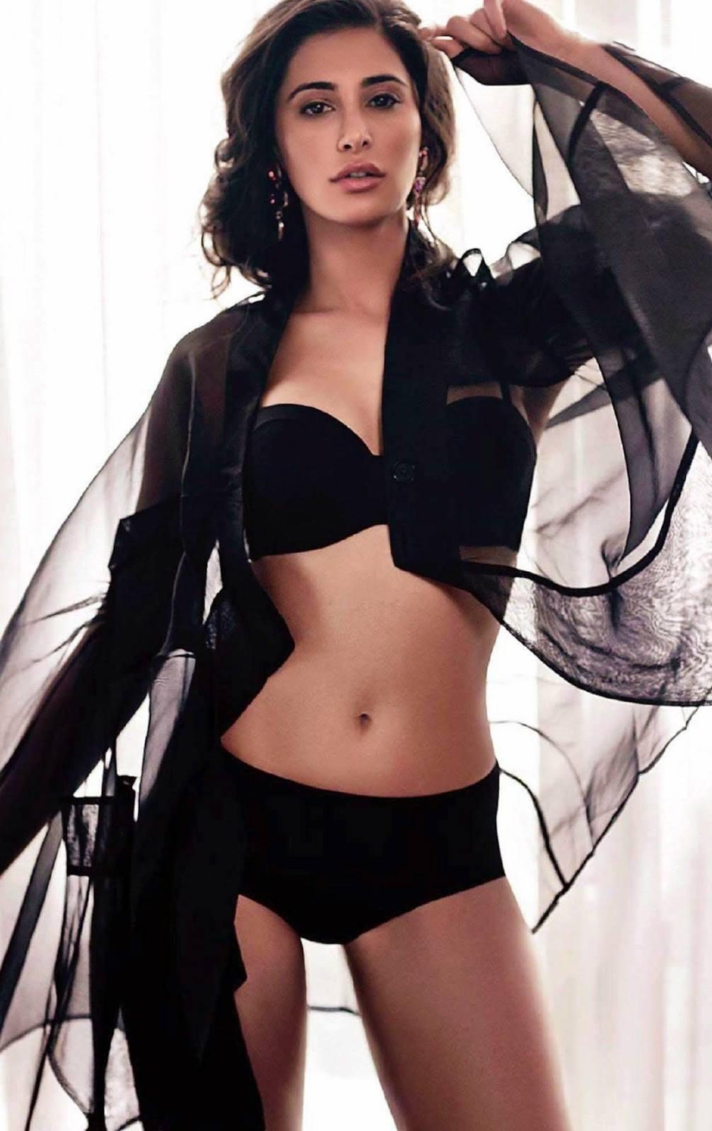Bollywood actress tamanna hot navel show - 2 5