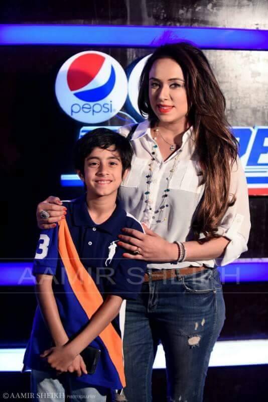 Pakistani tv anchor sofia
