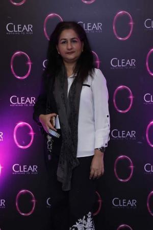 Clear Blogger's Meetup With Mehwish Hayat | Gallery