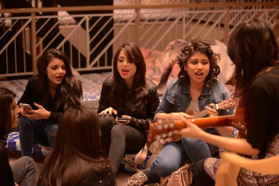 Khaadi's 18th Anniversary Song Choo Liya Aasman | All Girl Band